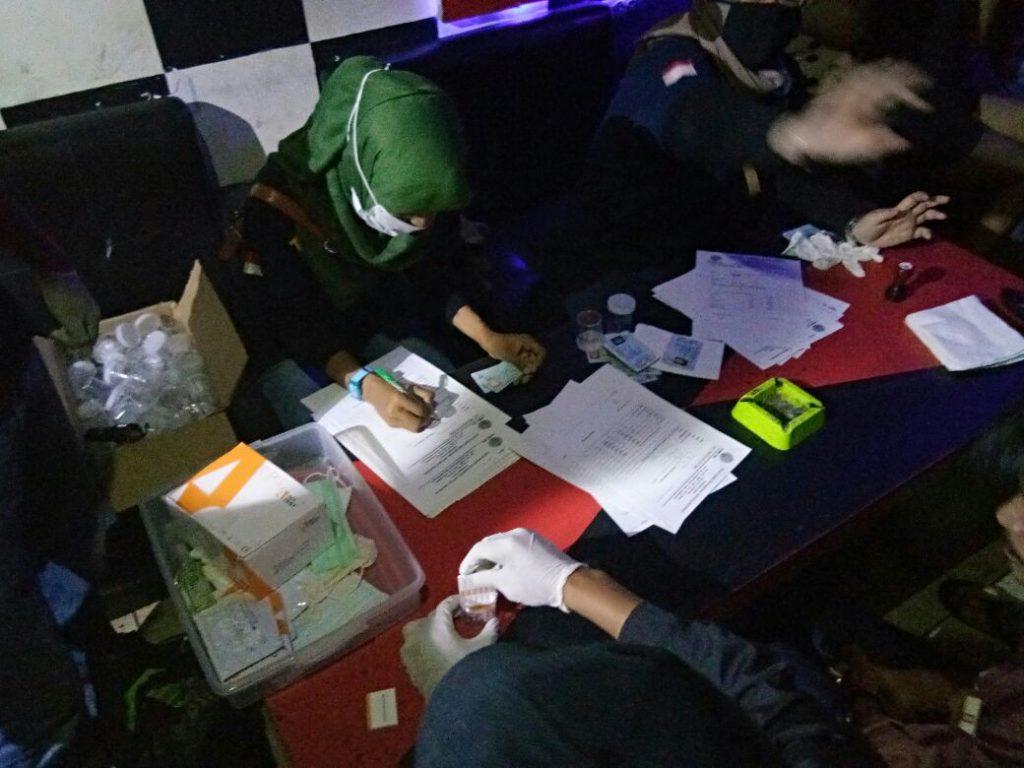 Saat Razia BNNP Riau,KTV Dragon Tidak Ditemukan Pengkonsumsi Narkoba