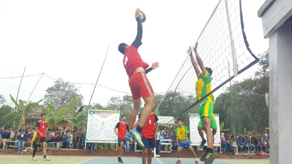 Turnamen Open Volly Ball Mengkirau Cup 2017 Resmi Ditutup