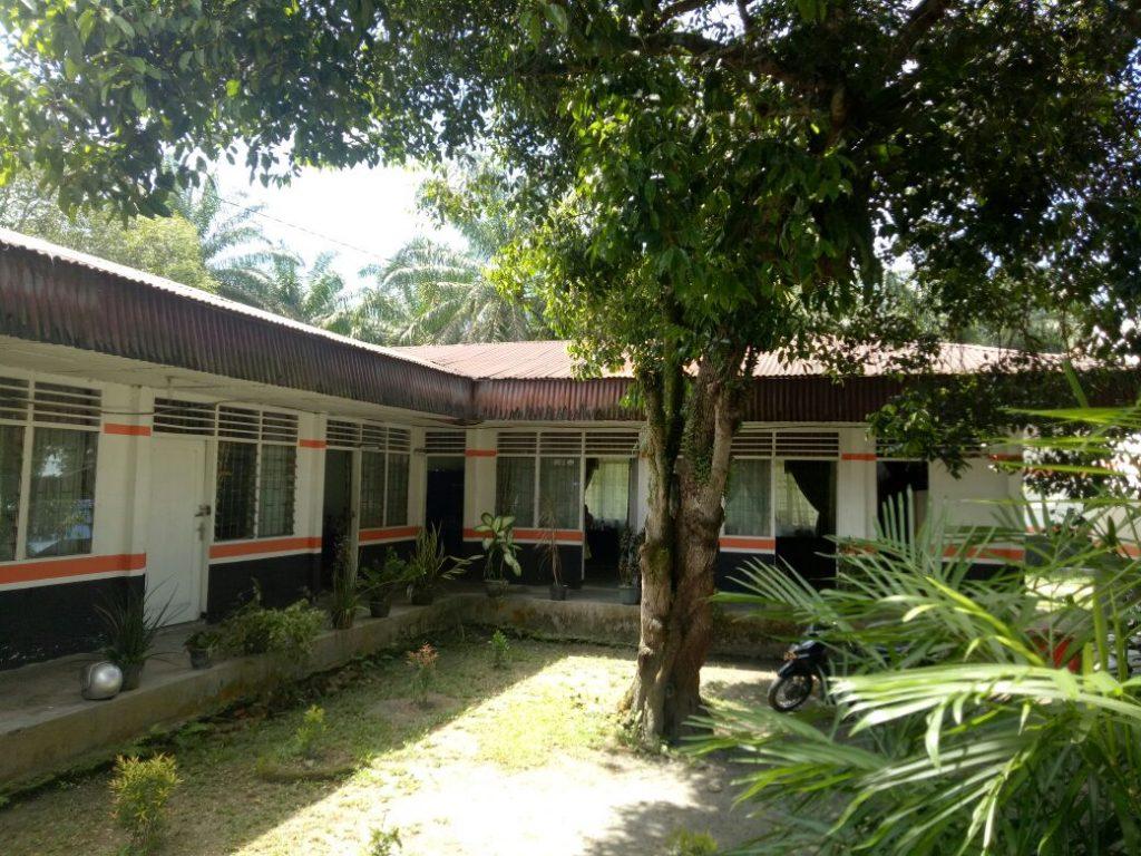 Rehab Kantor,Camat Bilah Hulu Dituding Tidak Punya Inisiatif