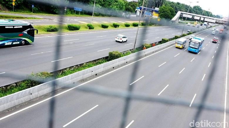 Ganjil Genap di Tol Bekasi,BPTJ Pastikan Jalur Bus Steril