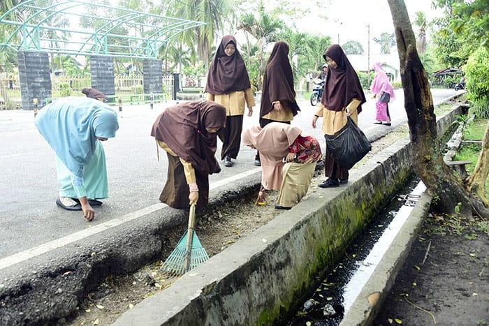Plt.Diskominfo Pemkab Bengkalis,Jhohansyah Syafrie : Terkait,Oknum Guru Kedapatan  OTT,Ingat Pesan Bupati Bengkalis