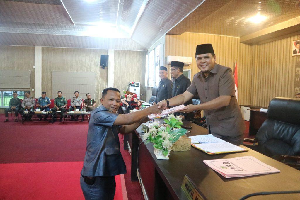 DPRD Kepulauan Meranti Gelar Rapat Paripurna Pandangan Fraksi-Fraksi