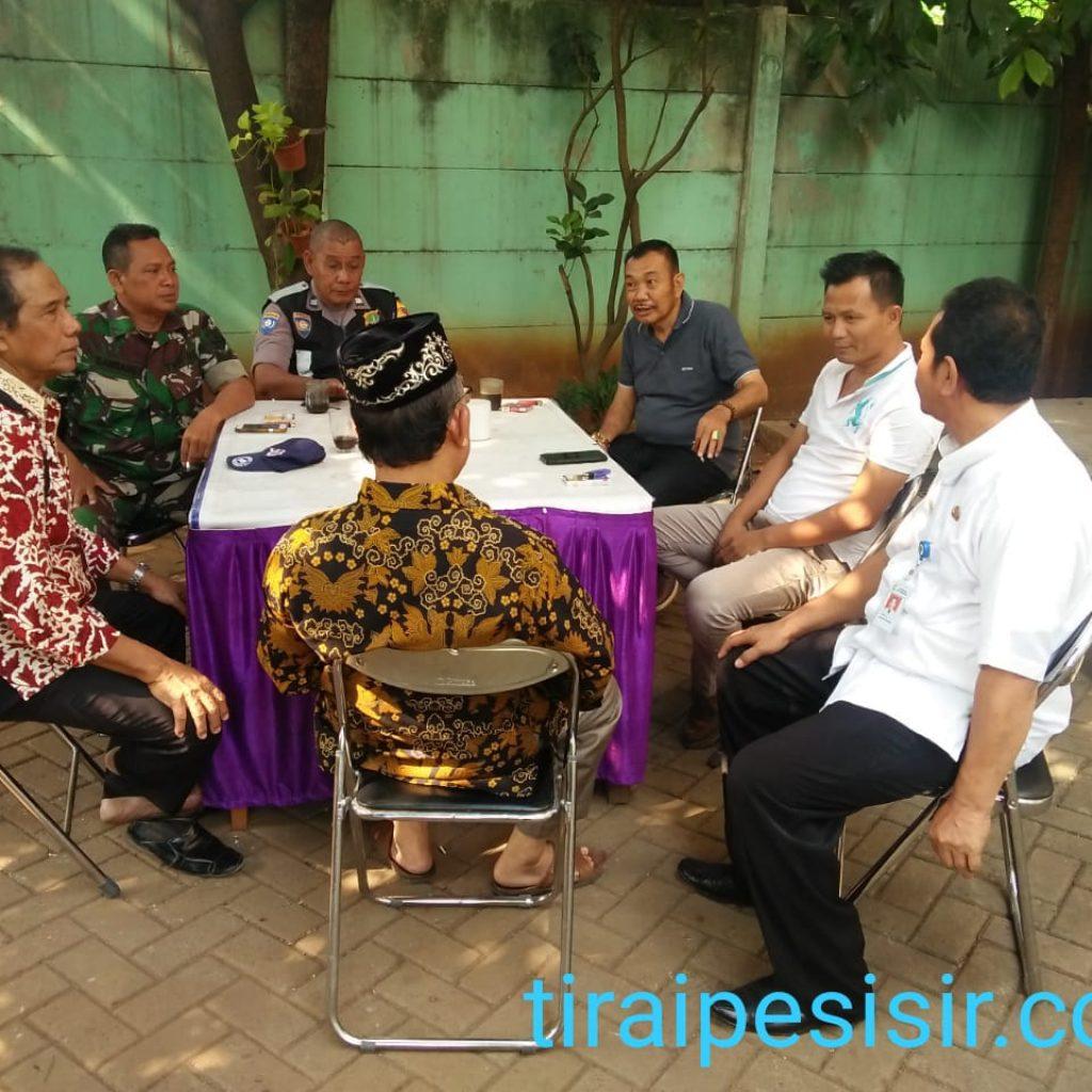 Kamtibmas Kelurahan Larangan Yang Baru Aiptu Cecep Supriyatna Adakan Pertemuan Dengan Masyarakat Setempat
