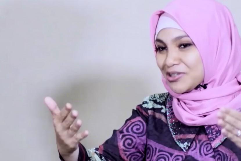Sebut Yang Dialami Wiranto Hanyalah Setting-an,Hanum Rais Dilaporkan ke Polisi