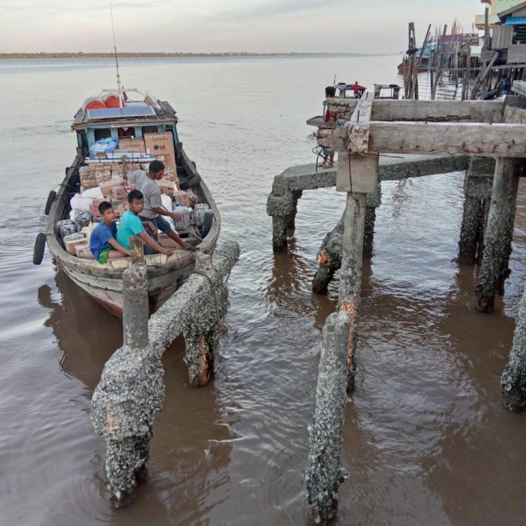 Tabrak Lari, Pelabuhan Desa Kudap Amblas Ditabrak Kapal Tidak Dikenal