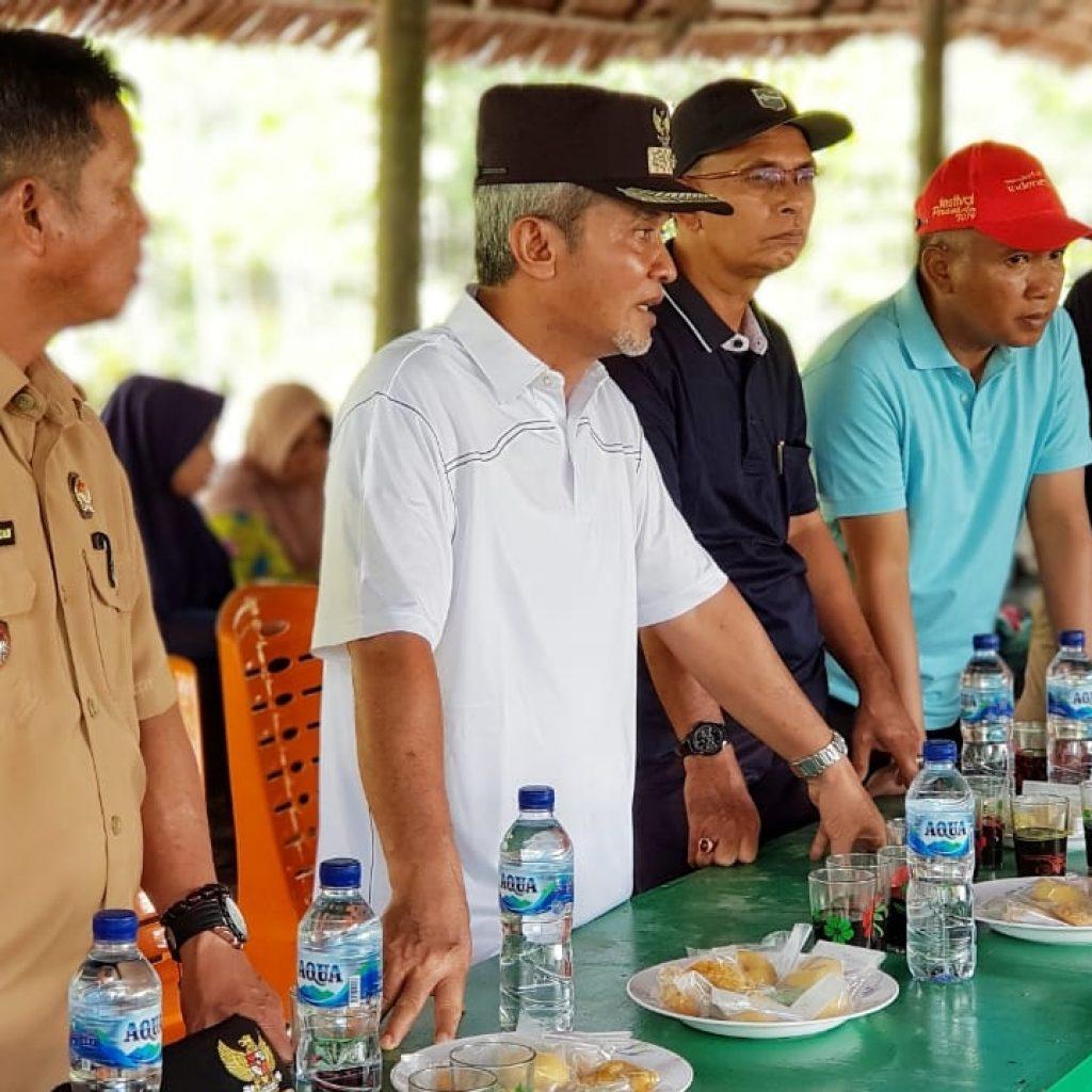 Wabup Meranti Silahturahmi Bersama Masyarakat Desa Maini Darul Aman Kecamatan Tebing Tinggi Barat, Himpun Aspirasi Masyarakat Membangun Desa