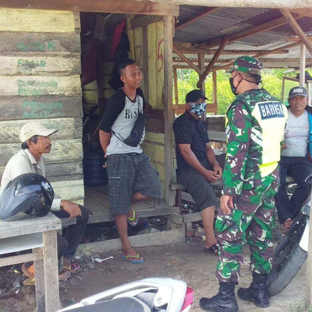 Bhabinsa Patroli Karhutla dan Sosialisasi Ke Masyarakat Desa Kedabu Rapat