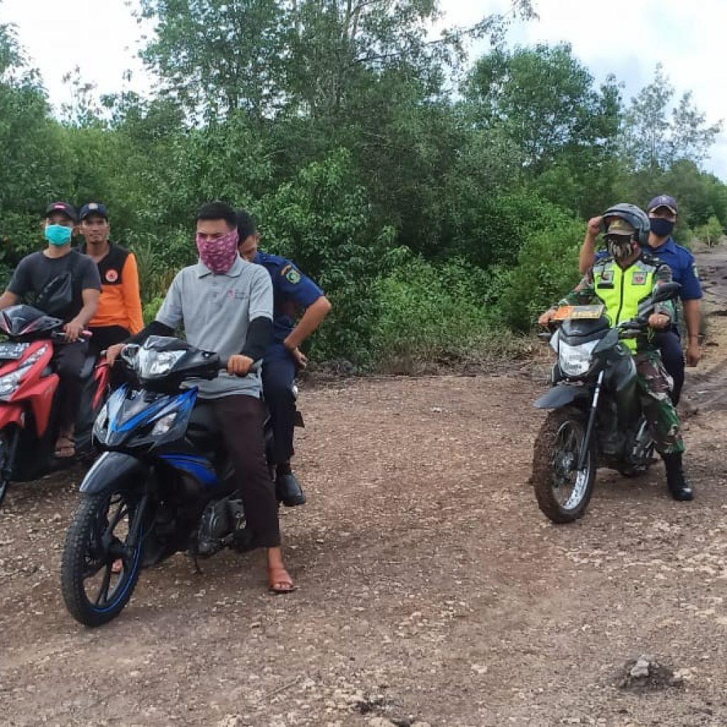 Cegah Karhutla, Babinsa Laksanakan Patroli Bersama Perangkat Desa