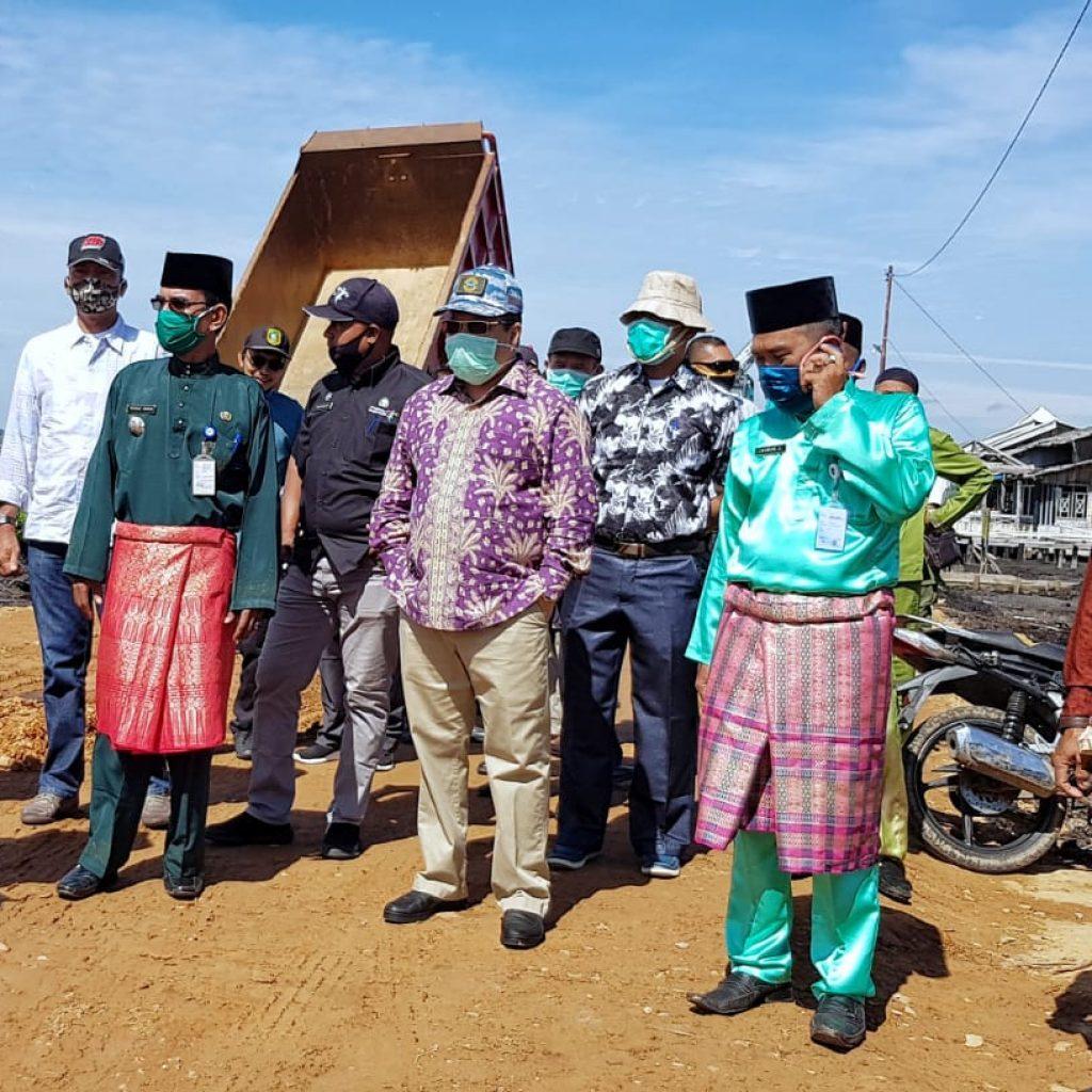 Bupati Meranti Tinjau Progres Proyek Pembangunan Infrastruktur Jalan dan Cetak Sawah di Kecamatan Rangsang