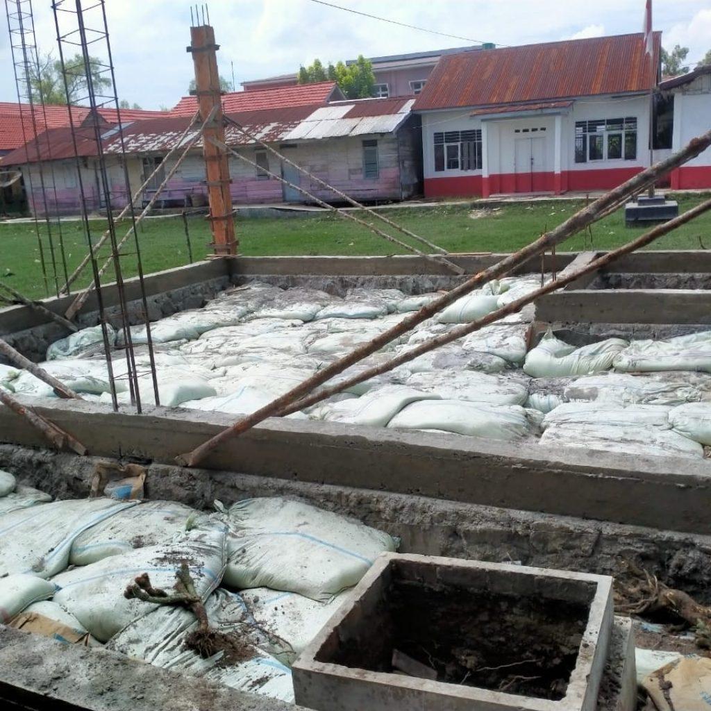 Tidak Sesuai RAB, Pembangunan Timbunan SDN 112274 Gunakan Abu Padi