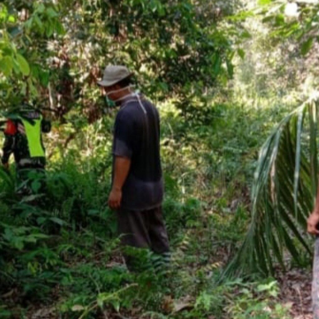 Babinsa Koramil 02/Tebing Tinggi Laksanakan Patroli Rutin Karhutla dan Sosialisasi di Desa Binaan