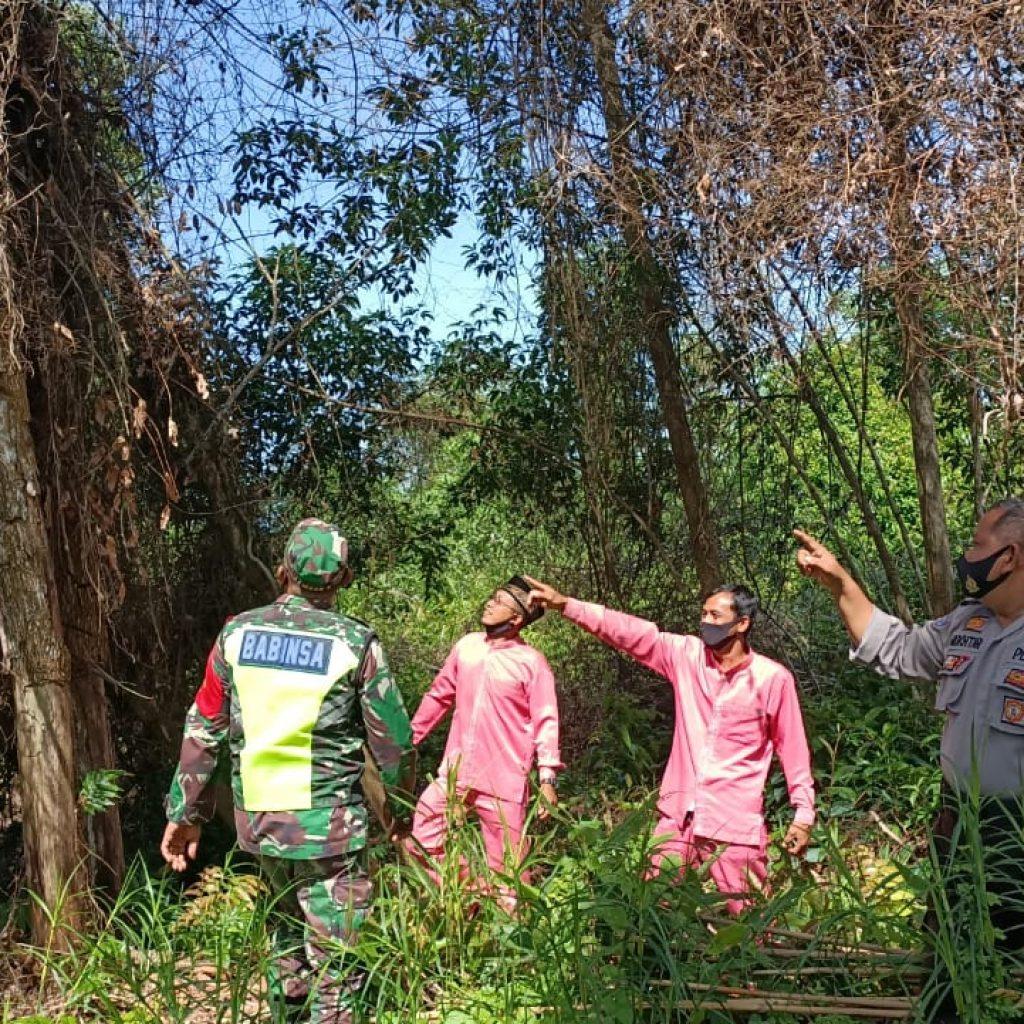 Ditengah Pandemik Covid-19, Babinsa Koramil 02 Tebing Tinggi Terus Laksanakan Patroli Rutin Karhutla di Desa Alahair