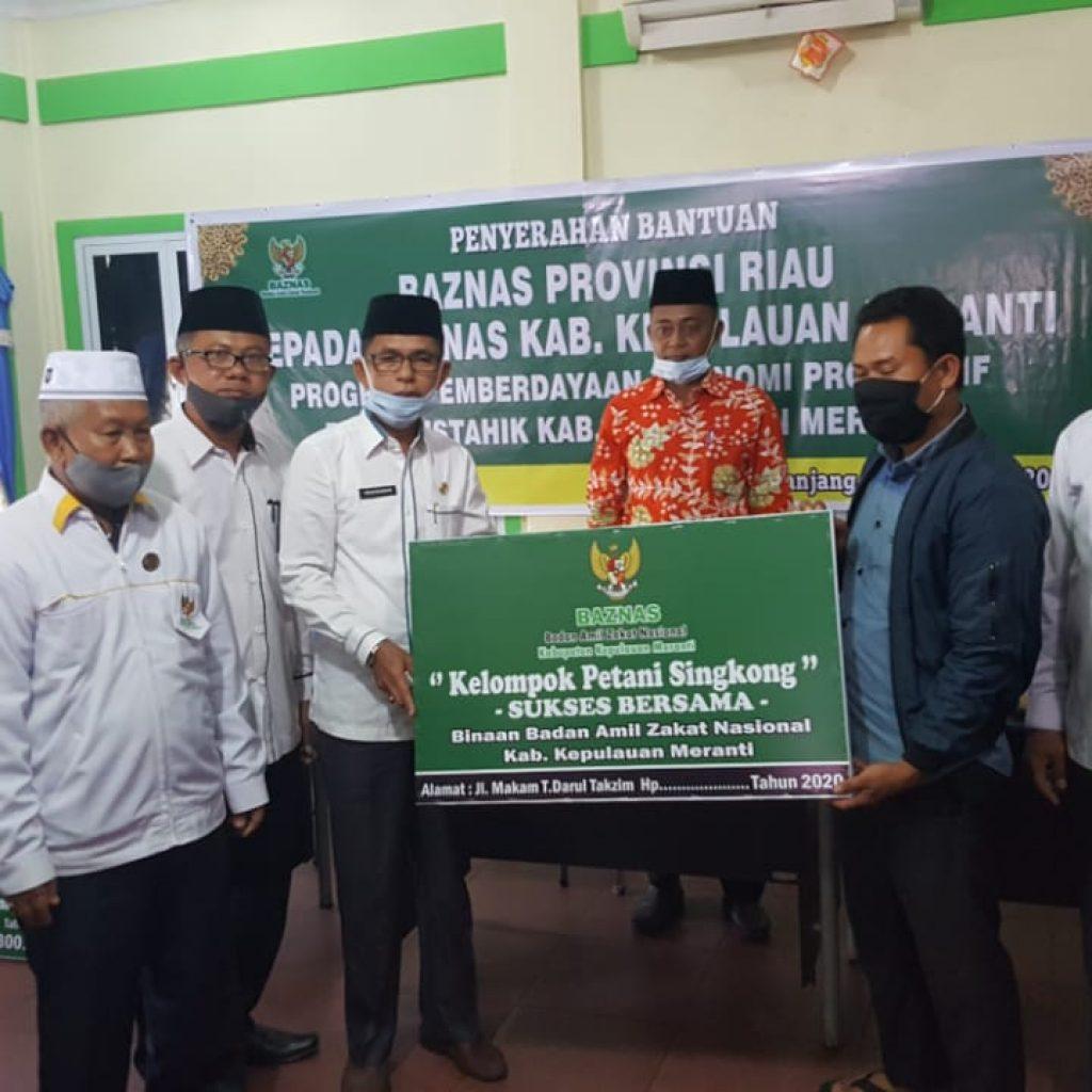 Baznas Provinsi Riau Salurkan Bantuan Ekonomi Kreatif Sebesar Rp 300 Juta ke 64 Mustahiq
