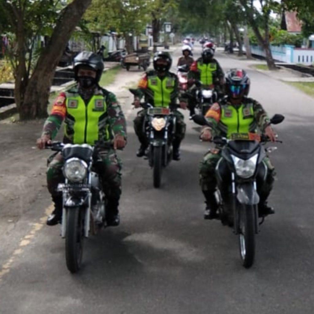 Dalam Rangka Pilkada 2020, Babinsa Koramil 02/Tebing Tinggi Laksanakan Patroli di Setiap Wilayah