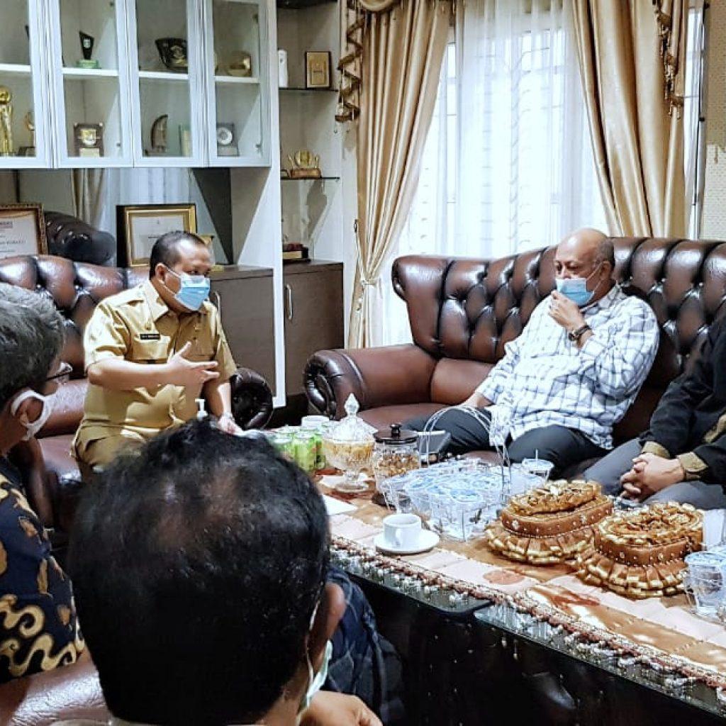 Bertemu Bupati Irwan, Deputy II BRG RI Janji Bantu Pembangunan Industri Hilir dan Pemasaran Sagu Meranti