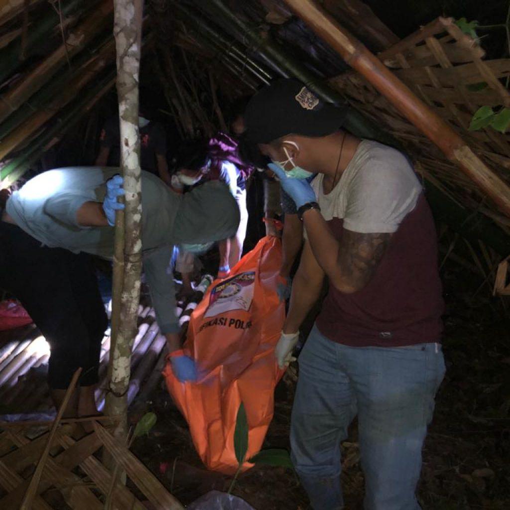 Mayat Ditemukan Membusuk di Sebuah Gubuk di Desa Gogok