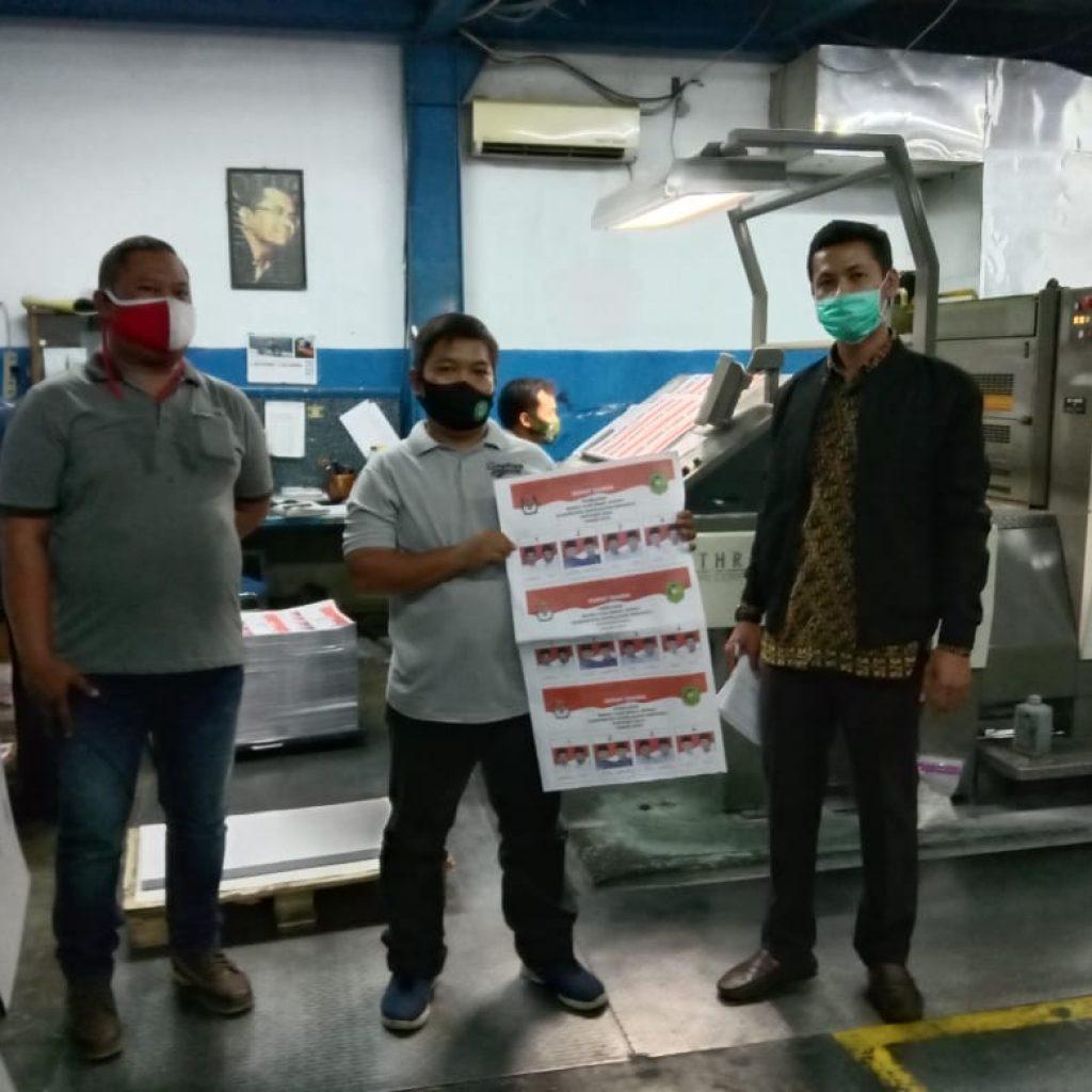 Pastikan Surat Suara Dicetak dan Sesuai Desain, Bawaslu Meranti Terbang ke Jawa Timur