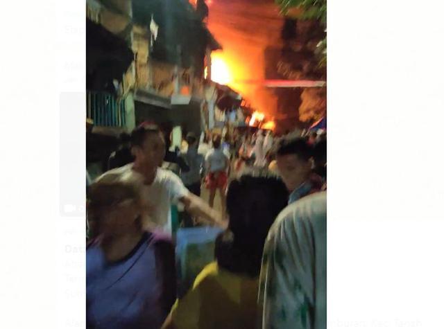 Kebakaran Melanda Petamburan Dekat Rumah Habib Rizieq