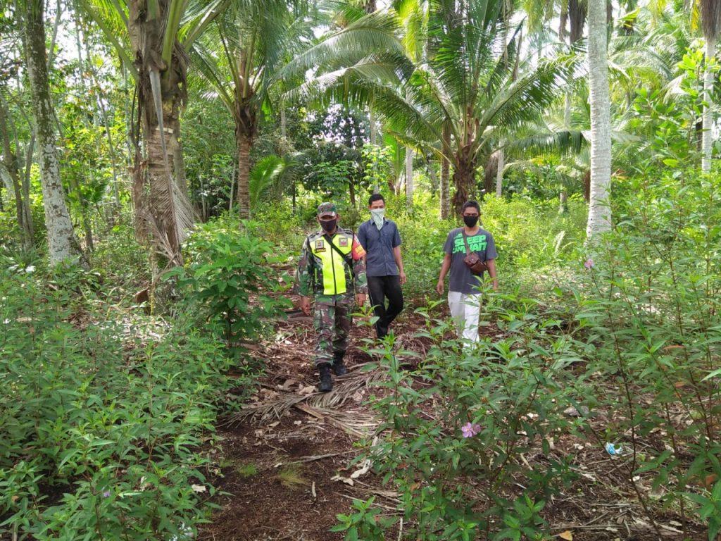 Babinsa Koramil 02/Tebing Tinggi Laksanakan Patroli Karhutla di Desa Sonde