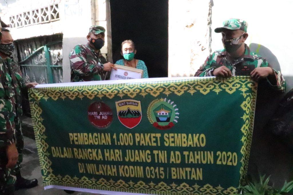 Peringati HJK 2020, Kodim 0315/Bintan Bagikan 1.000 Paket Sembako