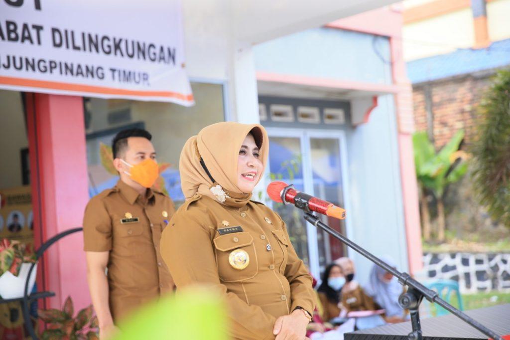 Walikota Tanjungpinang Mengukuhkan Ketua RT/RW Se-kelurahan Batu IX