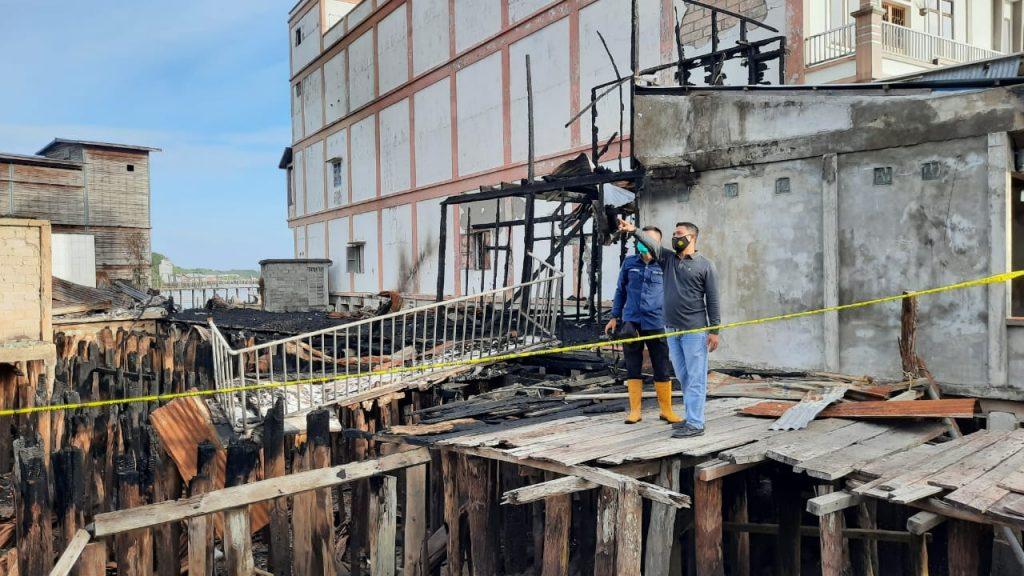 Terjadinya Kebakaran di Teluk Belitung, Polda Riau dan Polsek Merbau Olah TKP