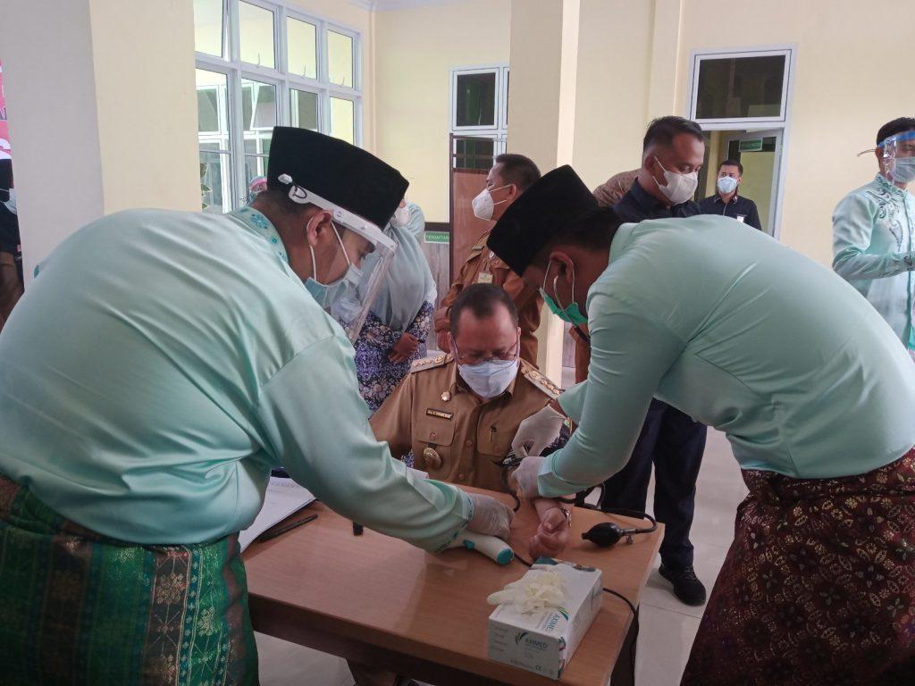 Bupati Meranti Irwan Resmi Buka Vaksinasi Covid-19 Se-kabupaten