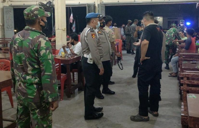 Antisipasi Takbir Keliling Dalam Masa Pandemi Covid-19, Babinsa Laksanakan Patroli Gabungan