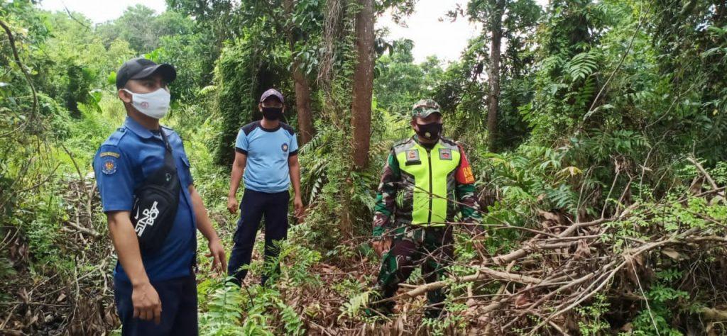 Patroli Karhutla, Babinsa Lakukan Sosialisasi di Desa Binaan