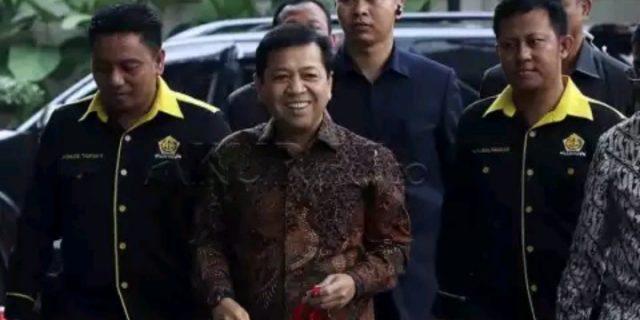 Tim Penyidik KPK Datangi Rumah Kediaman Setya Novanto