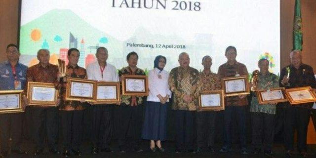 Muara Enim Terima Penghargaan Pencapaian Pembangunan ll