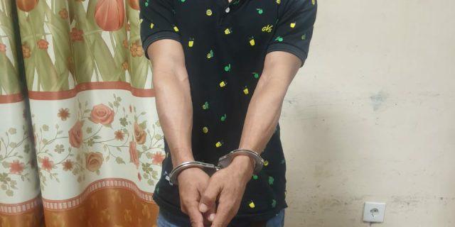 Didalam Kedai Kopi, Pria Asal Desa Bungur Ditangkap Polisi