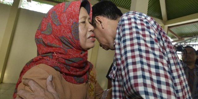 Ibunda Meninggal,Presiden Jokowi Minta Masyarakat Do'akan dari Rumah Masing-masing Saja