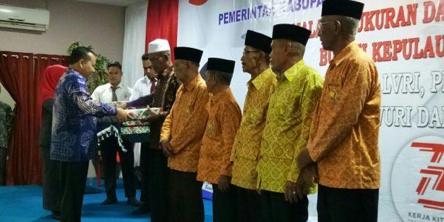 Bupati Meranti,H.Irwan,Ramah Tamah Bersama Paskibraka dan Legium Veteran