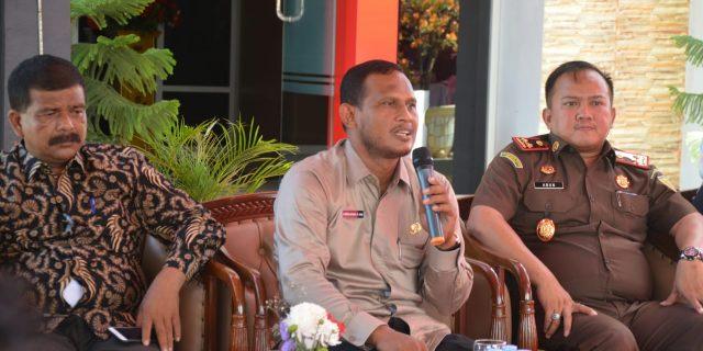 Bupati Aceh Timur Sebut,Cuma Orang Bodoh Yang Marah Kepada Wartawan