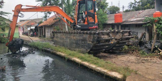Normalisasi Kali Sekunder Kampung Gandu Sukatani Hasil Swadaya Masyarakat Satgas Citarum Harum