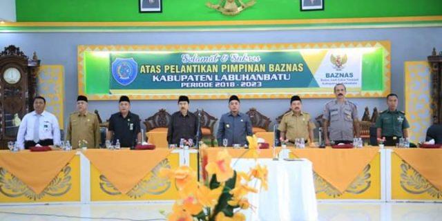 H Andi Suhaimi Lantik Pimpinan Baznas Labuhanbatu Periode 2018-2023