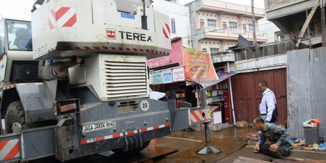 Kadishub Meranti Akui Tidak Beri Izin Untuk Olah Gerak Mobil Crane Yang Rusaki Fasilitas Umum