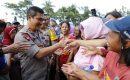 Kapolda Sumut Silaturahmi bersama Pemulung,Tukang Tambal Ban, Tukang Cukur Rambut dan Penjual Koran