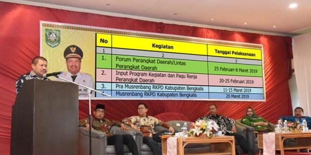 Bupati Bengkalis Menyampaikan Jadwal Proses Pembangunan Tahun 2019 dan RKPD Tahun 2020