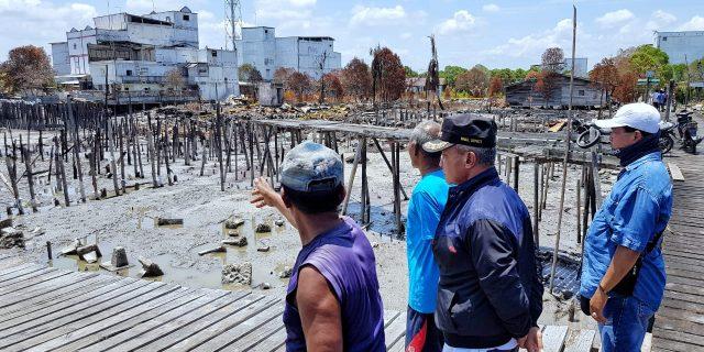 Kunjungi Lokasi Kebakaran di Desa Tj. Medang, Wabup : Ini Tanda Pemda Selalu Ada Untuk Masyarakat
