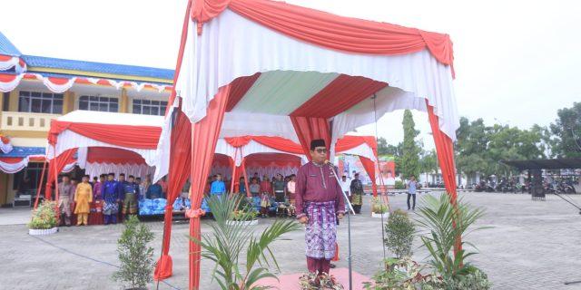 Sekda Kabupaten Kepulauan Meranti Yulian Norwis,SE.MM Pimpin Upacara HUT Provinsi Riau Ke-62