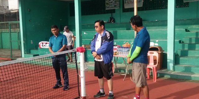 Menjaga Silahturahmi, Yulian Norwis Gelar Pertandingan Persahabatan Bersama Persatuan Lawn Tenis Indonesia (Pelti) Dumai