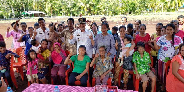 Salurkan Bantuan Rumah Layak Huni, Masyarakat Suku Akit Ucapkan Terima Kasih Pada Wakil Bupati Harap Terus Berlanjut