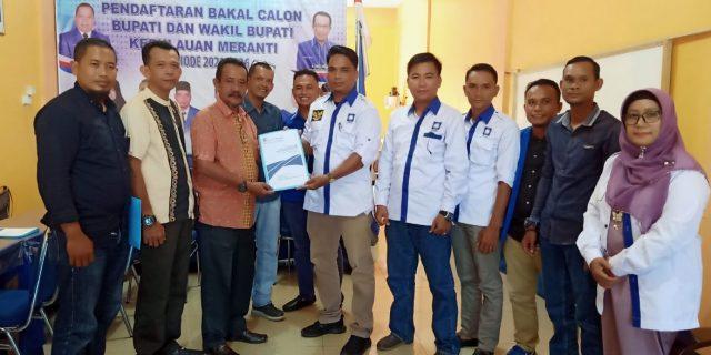"Tim Masrul Kasmy-Yulian Norwis ""MAJU"" Mengambil Formulir Pendaftaran Di Partai PAN"