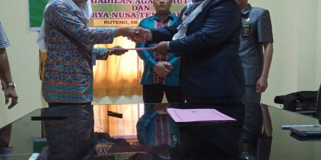 Untuk Ke-3 Kalinya Bantu Masyarakat Pencari Keadilan, PA Ruteng Jalin Kerjasama  Dengan LBH Surya NTT