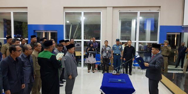 Bupati Irwan Lantik Bambang Supriyanto Sebagai Penjabat Sekda Meranti