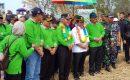 Wabup Meranti Bersama Sekdaprov Riau Lakukan Panen Raya Padi di Desa Bina Maju Kecamatan Rangsang Barat