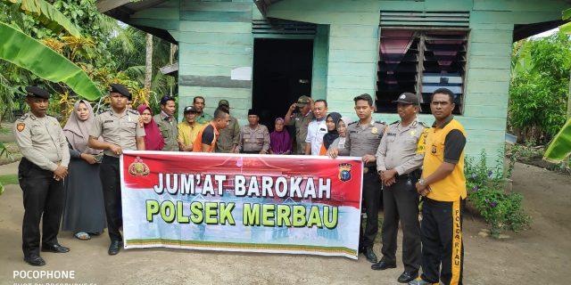 Polsek Merbau Menyalurkan Bantuan Sembako Kepada Warga Desa Pelantai