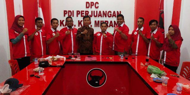 Sayap PDI P Taruna Merah Putih Siap Berkibar Di Meranti